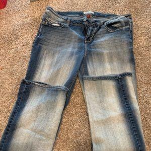 L.e.i. Blue jeans